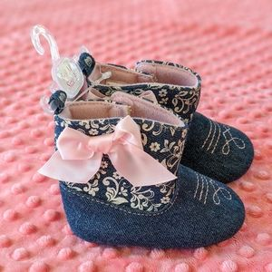 Other - Infant Boots NWOT